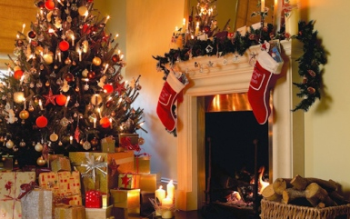 fireplace-christmas